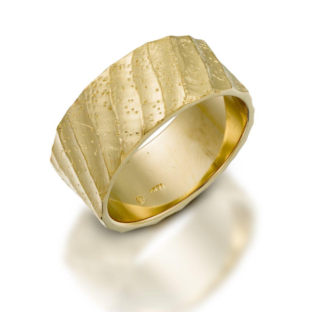 טבעת נישאוין R14