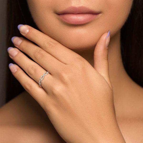 טבעת יהלומים קלרה